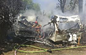 Truck Bed Trailer Camper Fire Destroys Travel Trailer Camper The Dalles Chronicle