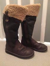 s ugg australia plumdale boots ugg australia plumdale boots brown size 6 5 uk present