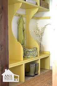 ana white smiling mudroom diy projects