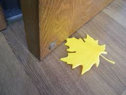 4x yellow practical anti slam maple leaf door stop stopper