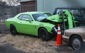 dodge challenger hellcat 2015 dodge challenger srt hellcat crash totaled in colorado after