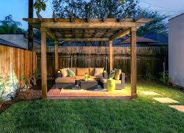 Landscaping Ideas For Small Backyard Small Backyard Landscaping Pictures Small Backyard Landscape