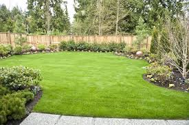 Backyard Landscaping Tips by Interesting Simple Square Backyard Landscaping Ideas Pics Design