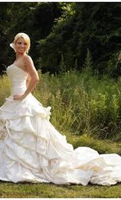 pnina tornai 6 find it for sale on preownedweddingdresses com