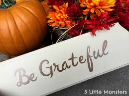 5 monsters be grateful sign for thanksgiving