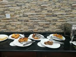 table pour cuisine 騁roite table de cuisine 騁roite 100 images bureau 騁ude 100 images