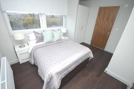 2 Bedroom House Basildon 2 Bedroom House To Rent In Trafford House Cherrydown East