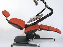 High Tech Desk Could Lying Down At Work Be The Future See This High Tech Chair
