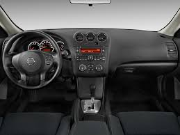 image 2010 nissan altima 2 door coupe i4 cvt 2 5 s dashboard