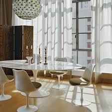 Dining Room Tables Oval popularity of elegant saarinen dining table
