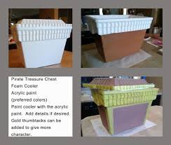 Easy To Make Toy Box by Best 25 Pirate Treasure Chest Ideas On Pinterest Pirate Party