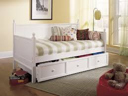 White Daybed With Pop Up Trundle Bedroom Daybeds With Pop Up Trundles Pop Up Trundle Daybed