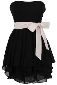 ruffled edges chiffon dress in black ivory if this was like a