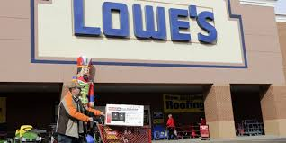 why lowe s didn t do as well as home depot