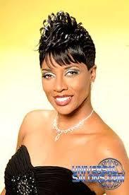 universal black hair studios salon why knot hair salon stylist patricia clinkscales model