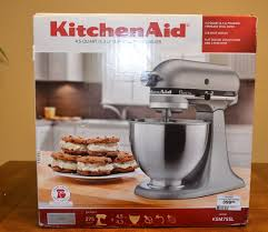 Kitchen Aid Accessories by Kitchenaid Ksm75sl Classic Plus Tilt Head Stand Mixer Unboxing