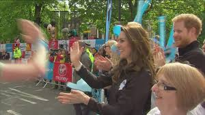 high fives and selfies with the royals at the marathon