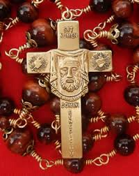 catholic rosary our s rosary maker and traditional catholic resource