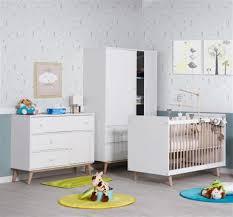 chambre bébé maison du monde chambre bebe bois massif 9 bureau en bois massif blanc l 130 cm