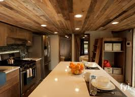 500 sq ft tiny house i thought this 400 sq ft tiny house was beautiful but one step