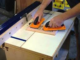 Bench Dog Router Table Review A Review Of Bench Dog U0027s Push Bloc Mp4 Youtube