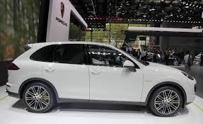 Porsche Cayenne 16 - paris motor show 2014 porsche cayenne s e hybrid