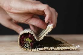 cours cuisine sushi cours de cuisine japonaise laure kié