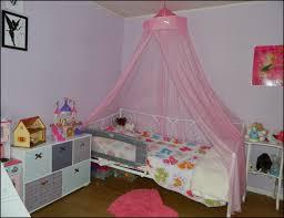 chambre fille vertbaudet lit fille vertbaudet great deco chambre galerie avec de lit
