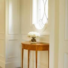 window above foyer table design ideas