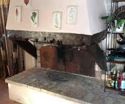 accensione camino accendere il fuoco nella stufa a legna o caminetto