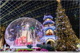 Christmas Decorations Online Singapore by Flower Dome U0027s Christmas Decorations Are Up And It Looks Like A