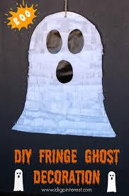 Halloween Ghost Decor Diy Fringe Ghost Decoration I Dig Pinterest
