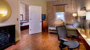 Studio Homes by Chateau Napoleon Apartments Metairie La Bedroom In New Orleans