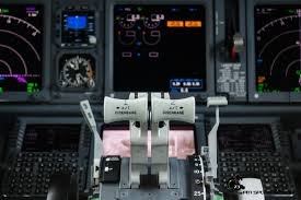 boeing 737 cockpit flight simulator cockpits pinterest