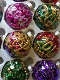 mardi gras tree decorations diy mardi gras bead crafts