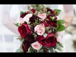burgundy roses burgundy wedding bouquet
