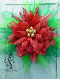 How To Decorate A Christmas Wreath 67 Best Tutorials On How To Make Wreaths And Stuff Images On