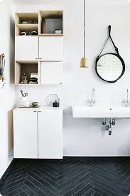 bathrooms with floating sinks designs