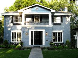 the best classic colonial home design with symmetrical exterior