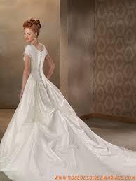 magasin robe de mariã e toulouse robe de mariée rétro à toulouse avec des broderies