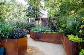 small backyard ideas for an edible garden sunset