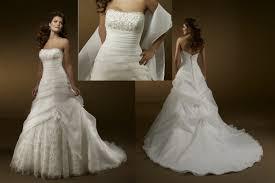 rent a wedding gown wedding dress rental wedding corners