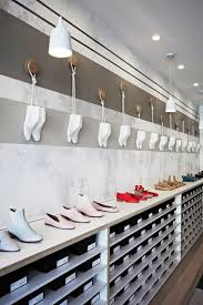Interior Design Stores Best 20 Shoe Store Design Ideas On Pinterest Shoe Shop Design