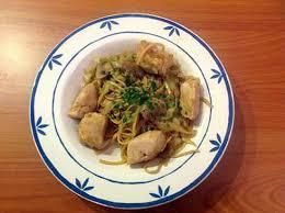 cuisiner le chou pointu recette de wok de poulet et chou pointu