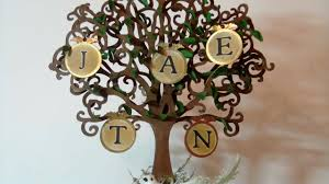 Photo Tree Centerpiece by Family Tree Heritage Centerpiece From 217 Creations Youtube