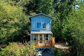 tall u0026 tiny 150k whidbey island cabin built for the views