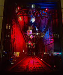 halloween horror nights peak nights bergdorf goodman crimson peak inspired windows