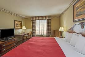 Comfort Suites In Merrillville Indiana Hotels Near Indiana Wesleyan University Country Inn U0026 Suites