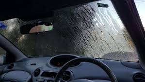 how to defog your windscreen car window demister faqs carsguide