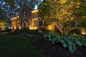 tip for front yard lighting